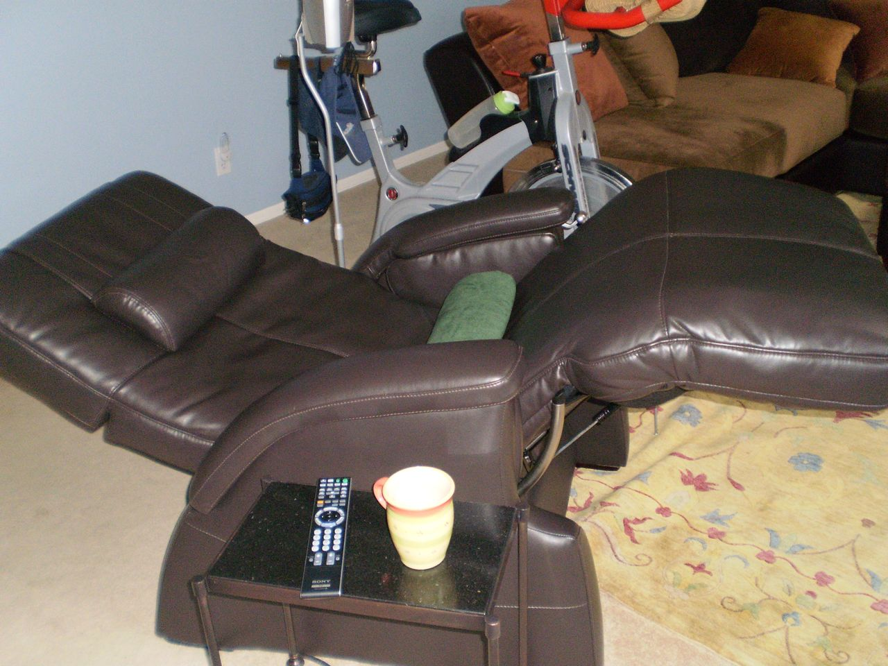 sofa repair sikanderpur gurgaon circa reviews lazboy summit recliner oversized leather rocker