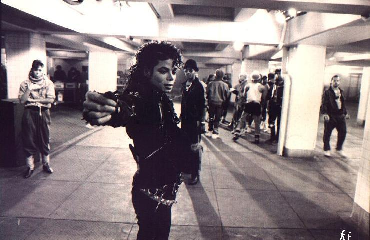 Positive websites and videos that celebrate MJ [Archive] - Page 5