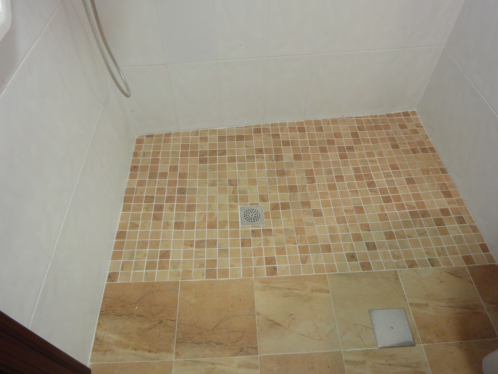 Asturiana de azulejos platos de ducha de obra - Azulejos para ducha ...