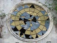 Puriscal church window