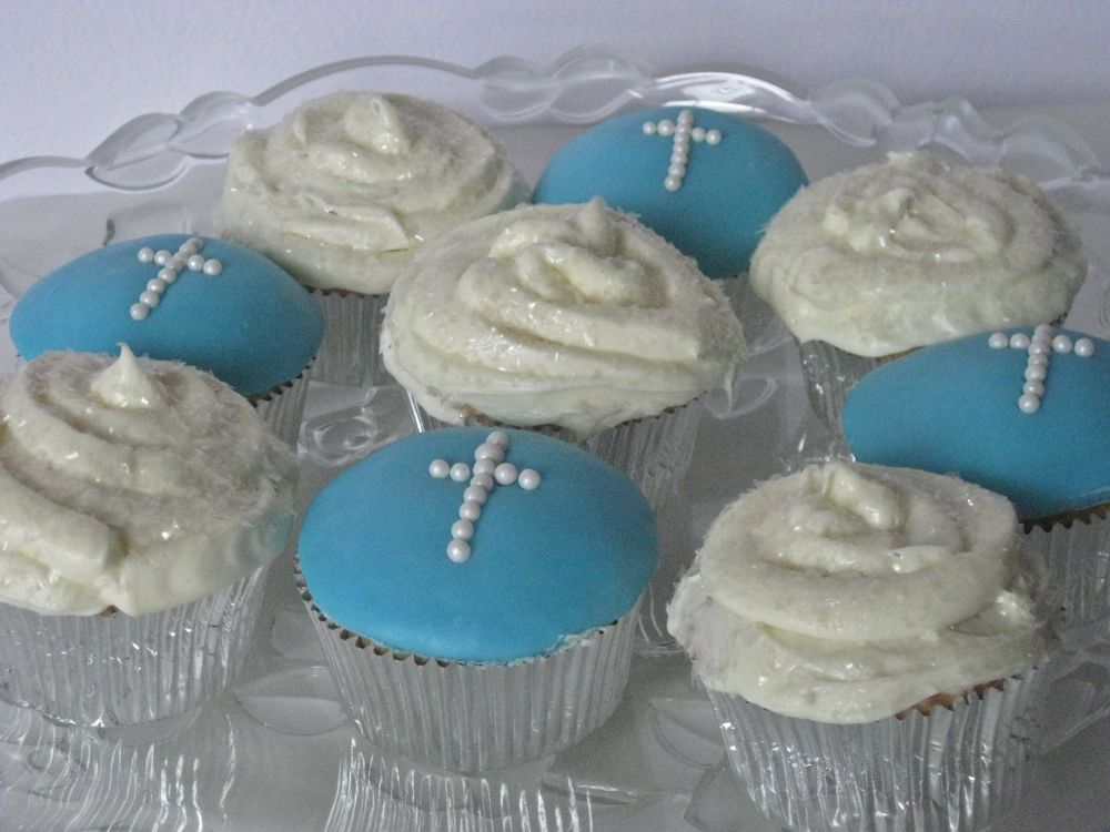 Sew Can Do: Creating Communion Cupcakes