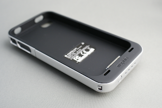 Juice Pack Air for iPhone 4は快適