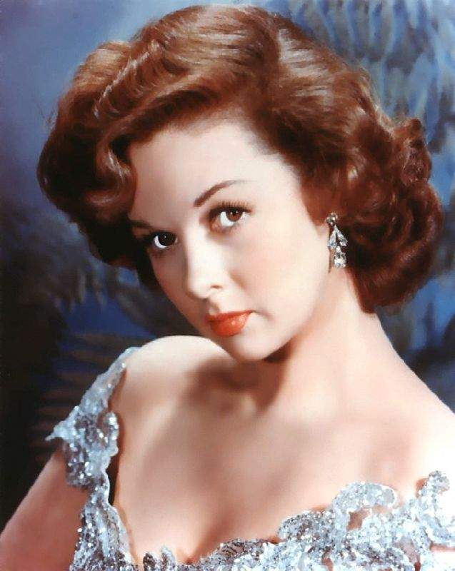 Love those classic movies in pictures susan hayward for Classic love pictures