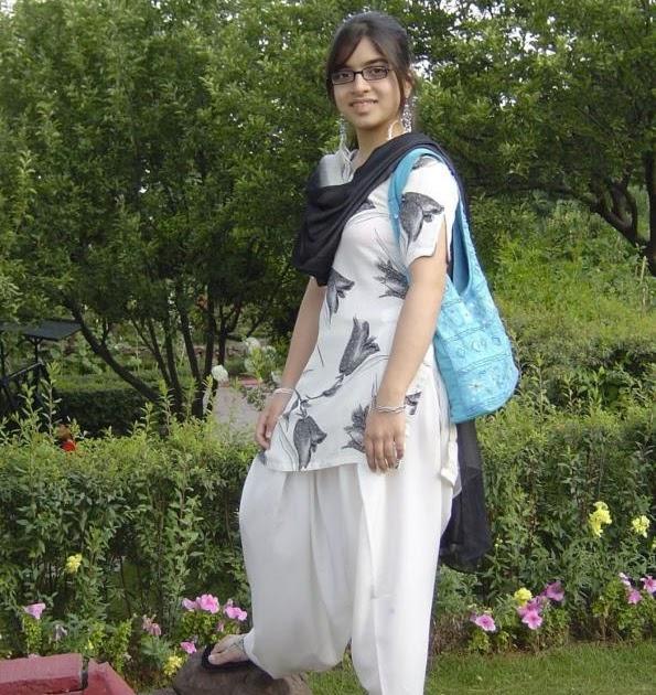 Rawalpindi City Girl: Young Korner: Pakistani Girl Naima Rawalpindi