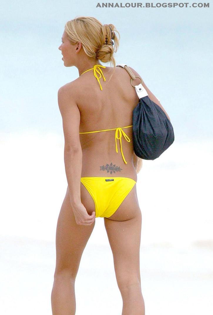 Kournikova Yellow Bikini 65