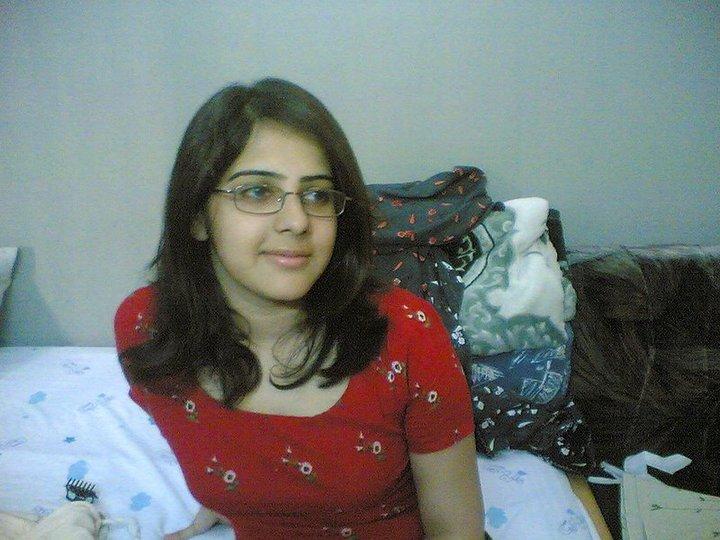 Urdu Babes New Pakistani Girls Pictures-3025