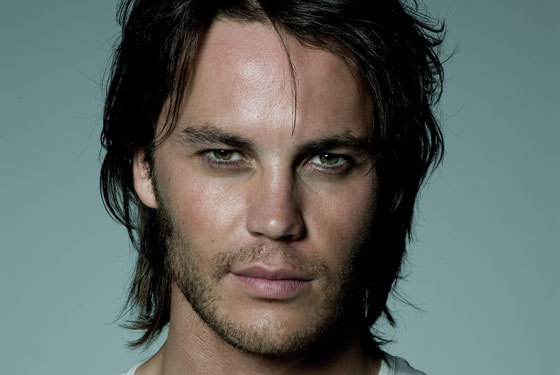 Lone Survivor: Taylor Kitsch On His Involvement In The ...  Taylor Kitsch Ripped