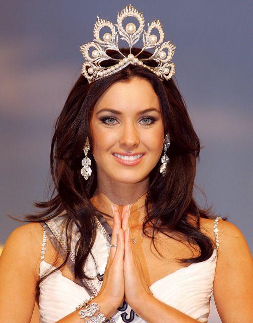 Canadian Beauty Magazines: Miss Universe 2005
