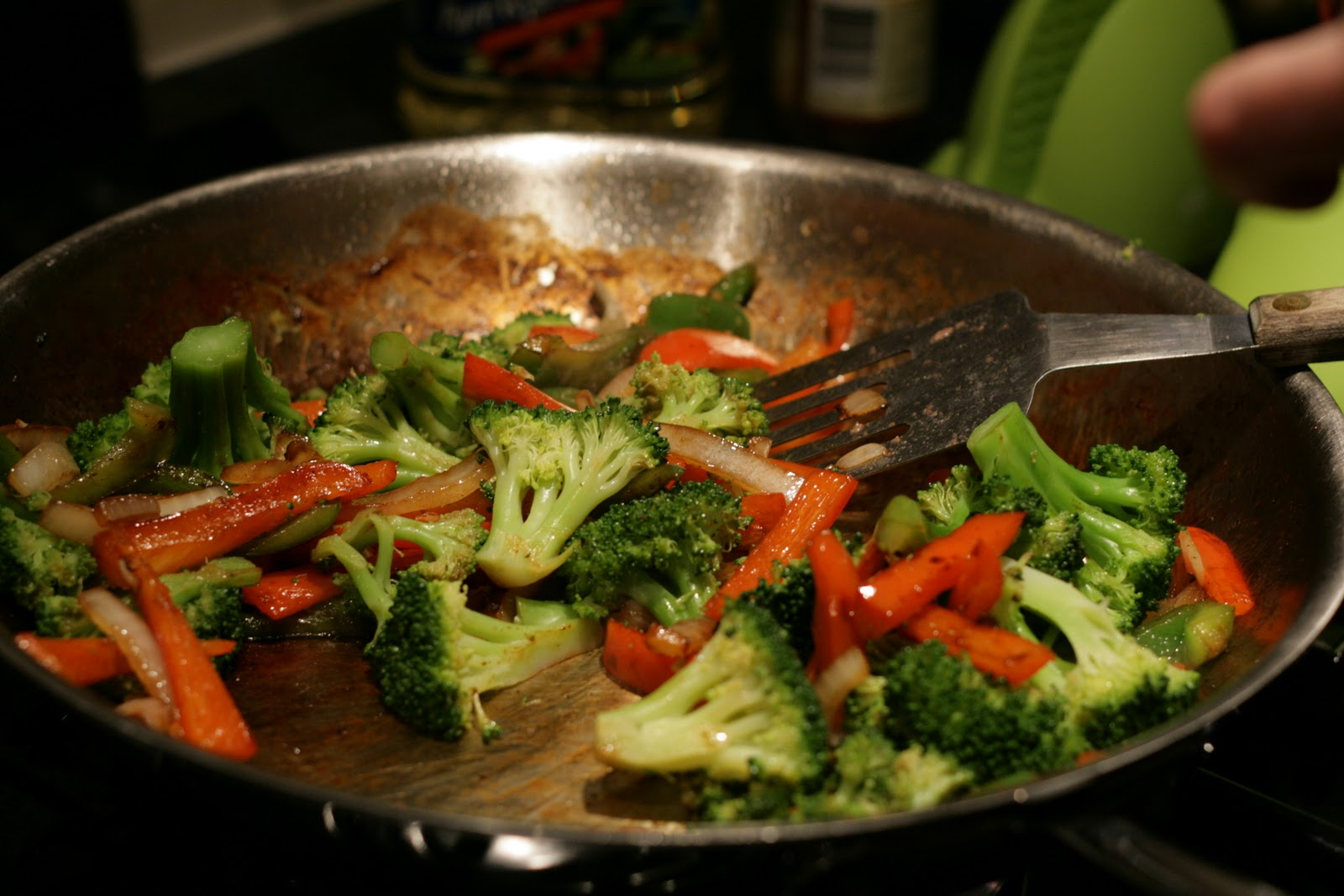 stirfry Need stir fry recipes get stir fry recipes for your next evening meal from taste of home taste of home has stir fry recipes including chicken stir fry recipes, beef stir fry recipes, and more stir fry recipes.