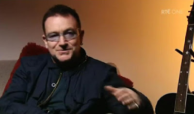 Bono gives DK the time of day