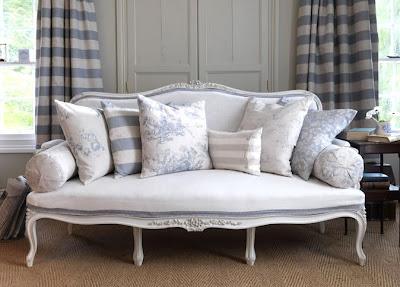 Shabby Chic Sofa Gray White