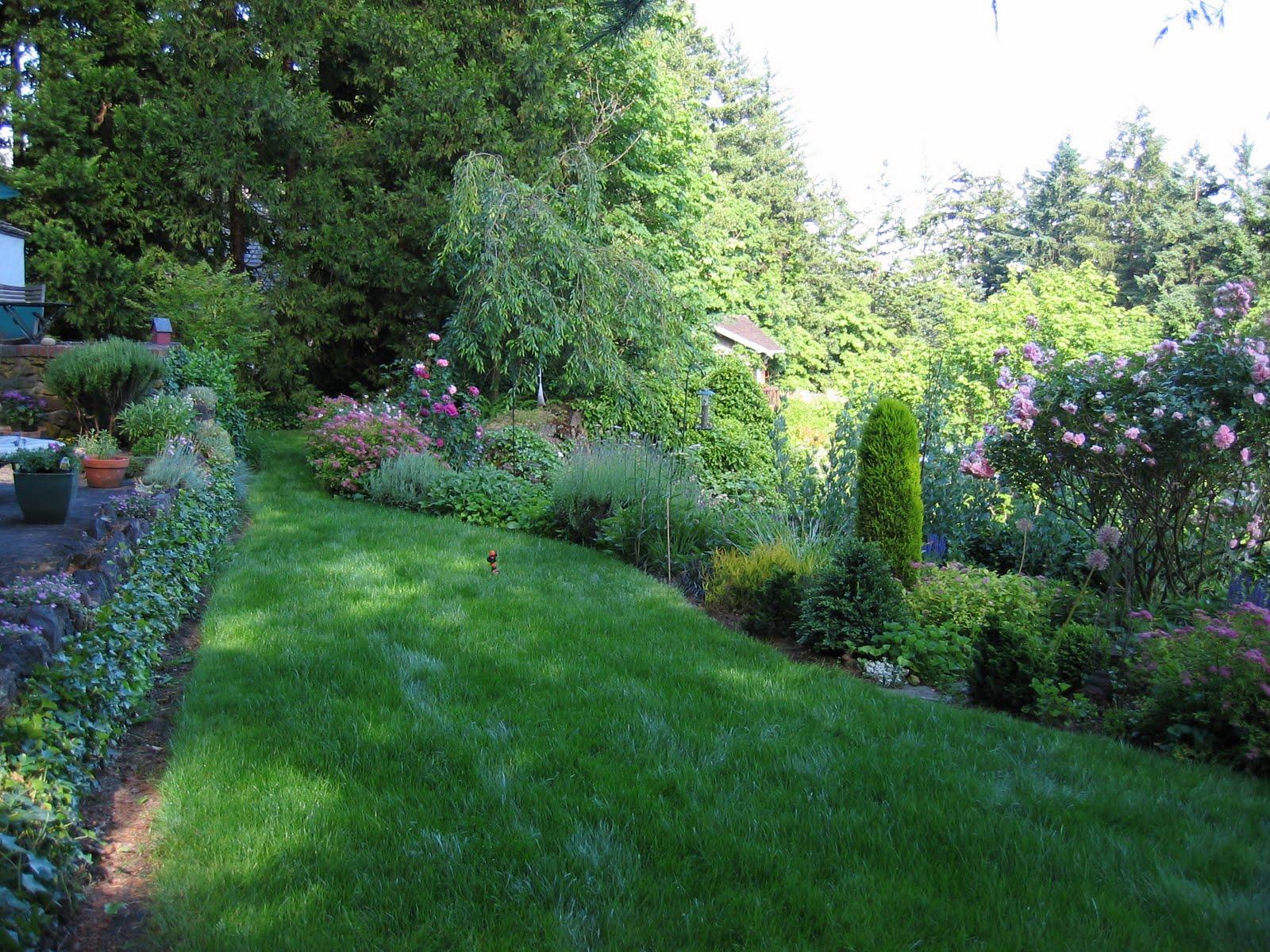 Portland Garden Geek: English Garden design photos