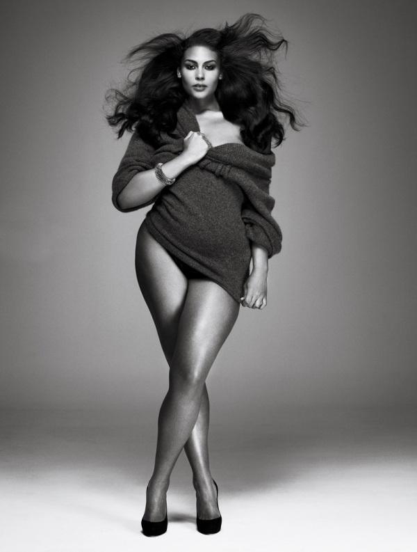 curvy models full Figured women