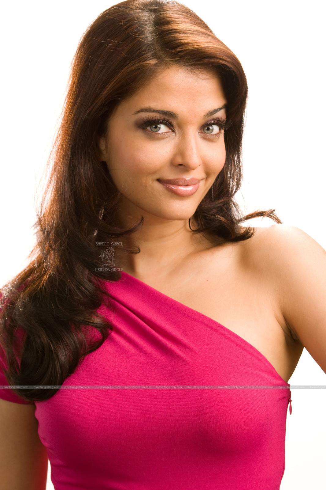 aishwarya Wallpaper sexy rai of
