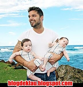 6b4c21e058d com os filhos Matteo e Valentino O livro termina com um trecho intitulado