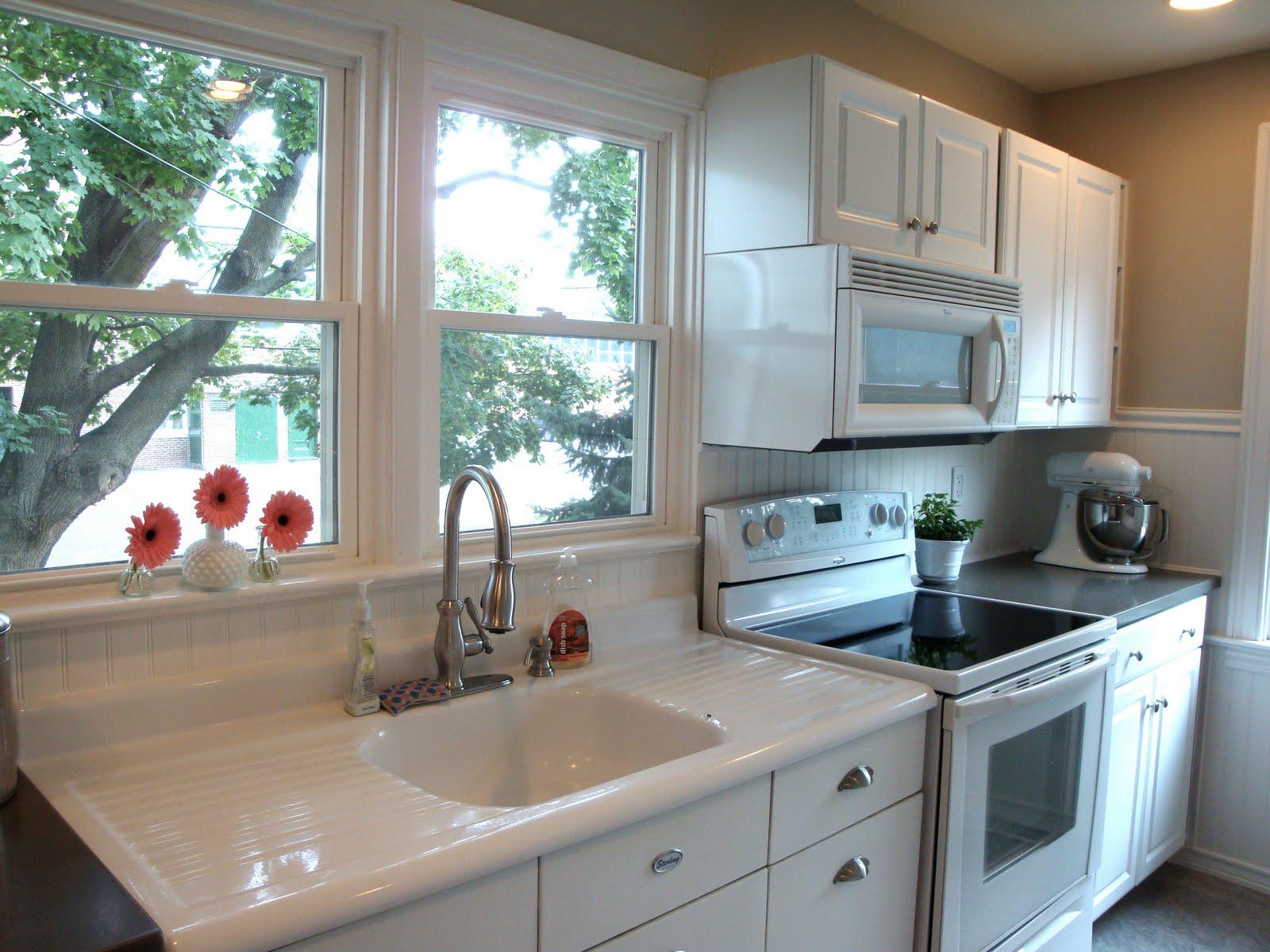 Remodelaholic | Kitchen Backsplash Tiles, Now Beadboard