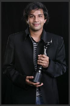 Karthik, singer in Tamil, Telugu, Kannada, Malayalam and Hindi