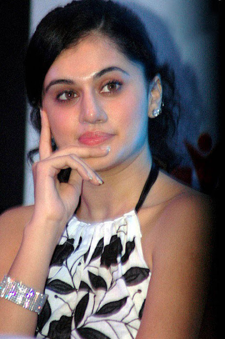 tapsee in white skin at kalamandir foundation photo gallery