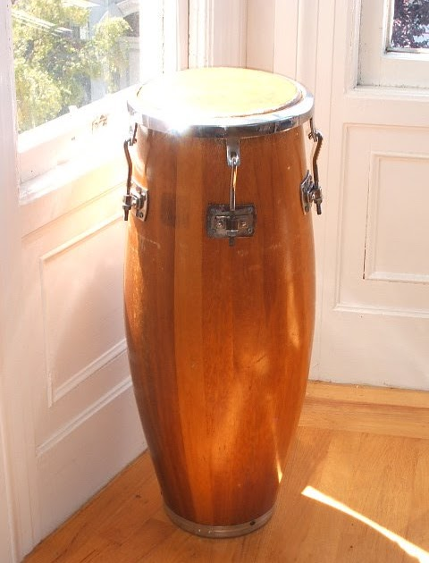 rumba instruments buying a set of congas vintage congas for rumba. Black Bedroom Furniture Sets. Home Design Ideas