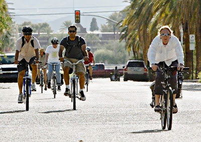 Image of bicyclists in Tucson