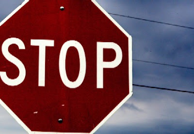 Image of a stop sign, bane of bicyclists everywhere