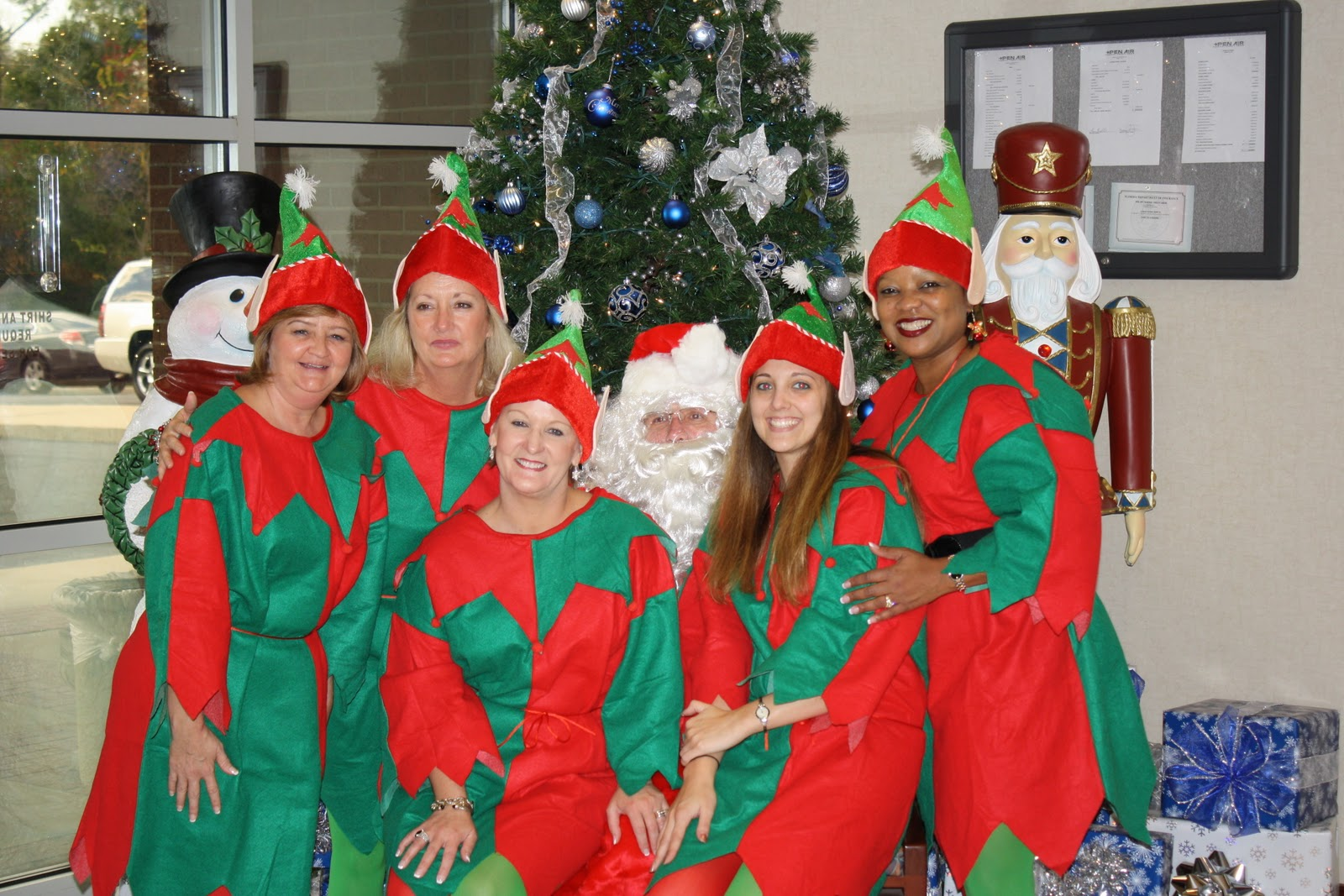 Northwest Federal Credit Union >> Pen Air Federal Credit Union: Santa and his elves visit Pen Air...