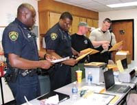 Small town cops make big city drug busts www privateofficer com