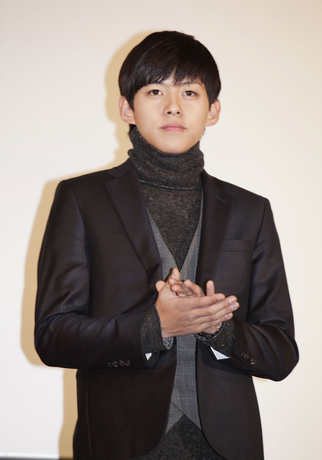 PHOTOS  101115 Dongho   VIP  quot Villain  amp  Widow quot  PremiereDongho