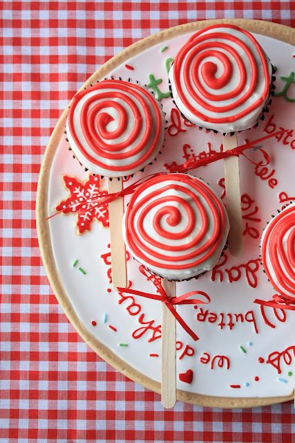 25 ADORABLE Homemade Christmas Edible Gifts... So yummy and cute. the36thavenue.com