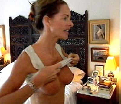Teen busty nude women
