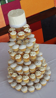 cupcakes wedding cakes perth sugar wedding cakes cupcakes and cake 13149