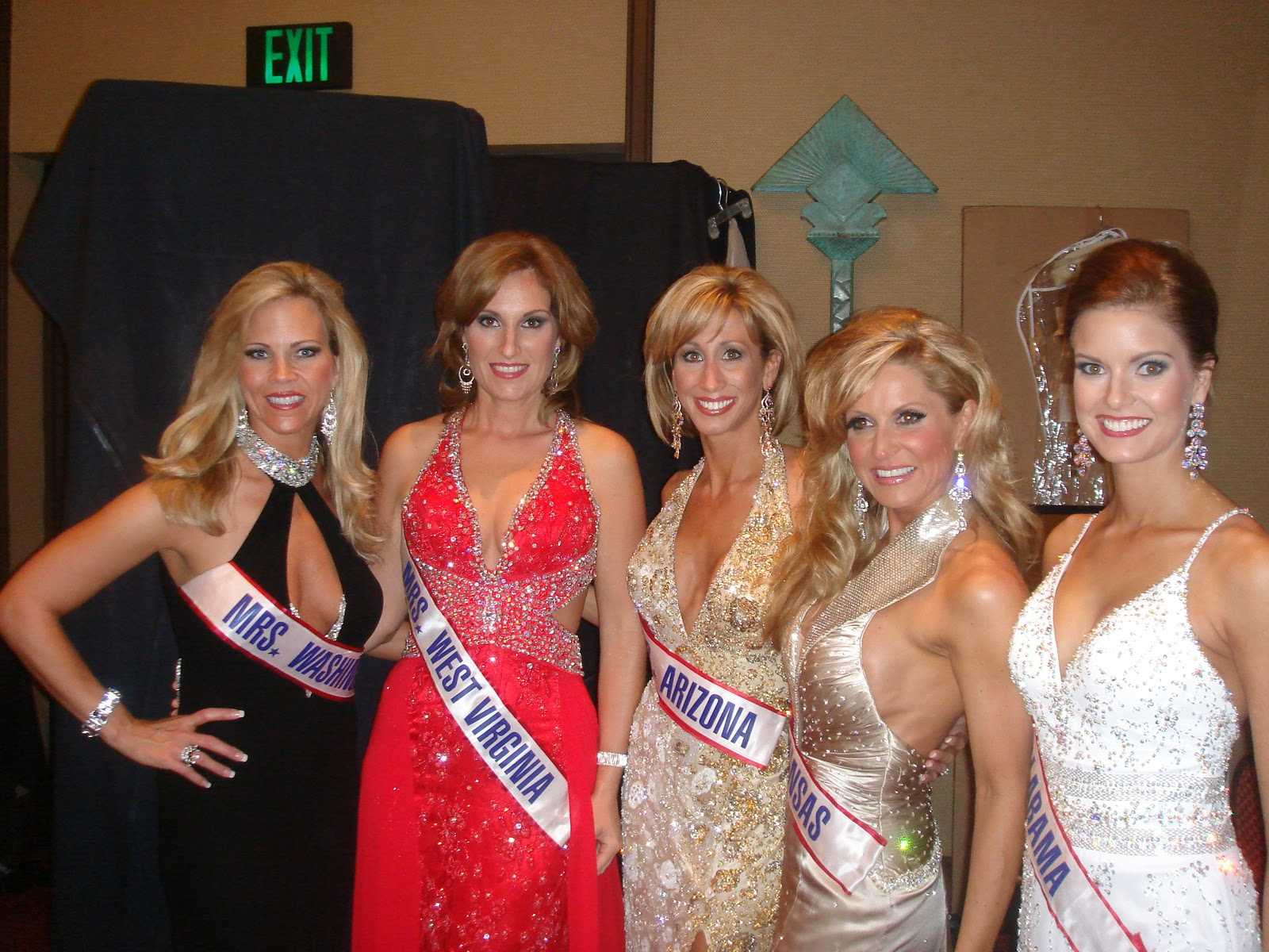 mrs america 2010 contestants