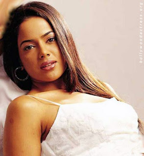 Sameera Reddy Hot Photos