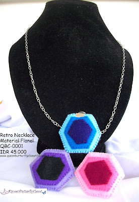 Retro Statement Necklace