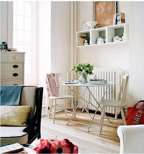Where The Sidewalk Begins: Pretty Living Room