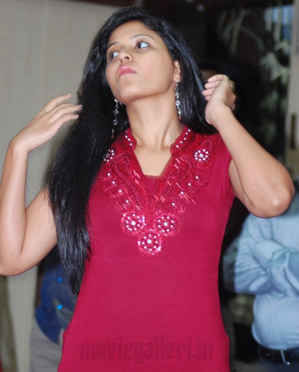 Anjali Actress Images Tamil