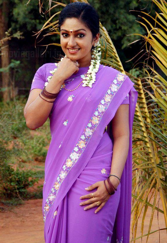 http://4.bp.blogspot.com/_kLvzpyZm7zM/S7cb9_DvJ2I/AAAAAAAAIyU/99x-r9UJrVs/s1600/Actress-Mithra-Hot-Stills-pictures-09.jpg