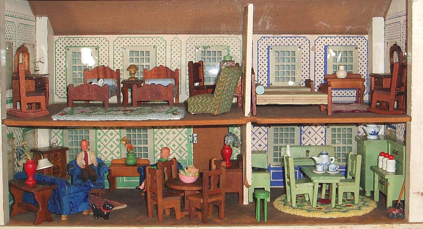 Good Around 1909, Converse Started Manufacturing Dollhouses Using Colors  Lithographed Directly On To Wood. Furniture For Dollhouses Wasnu0027t Produced  Until 1930 ...