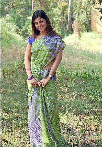 Tollywood Hot Actress Rambha Sexy Photos, Pics, Stills, Wallpapers Gallery.