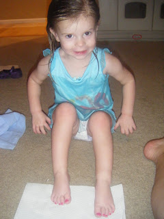 Miami On The Cheap >> Pretty much the coolest family EVER: Painted toes!!