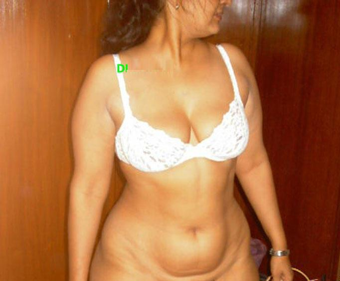 indian masala aunty pics