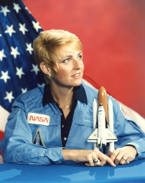 hot women astronauts - photo #14