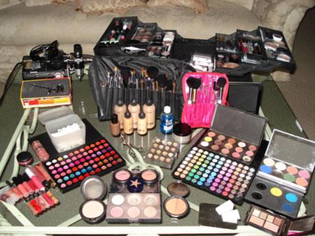 Alvorlig Eye of the Beholder: Does makeup expire? NS27