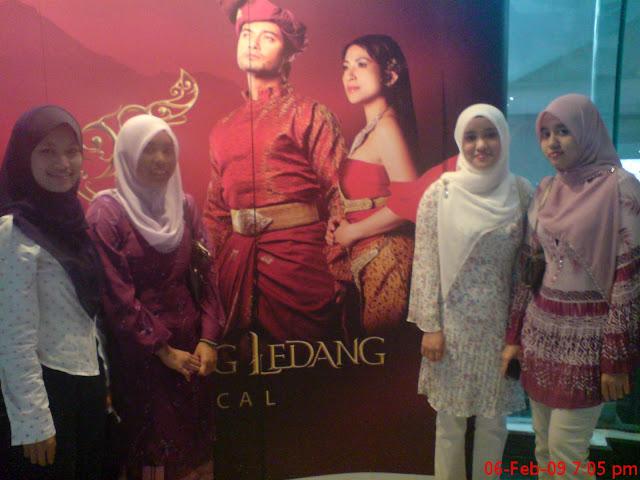 Pertama Kali Menonton teater Di Istana Budaya Puteri Gunung Ledang Musical