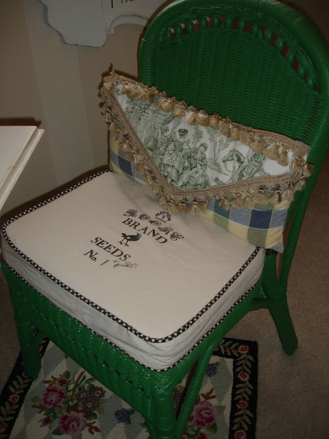Forever Decorating Guest Bathroom Tour: Forever Decorating!: Green Toile Guest Bedroom
