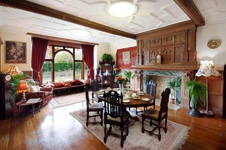 Arts And Crafts Dining Room: ART And ARCHITECTURE, Mainly: Arts And Crafts Home, Ramsgate