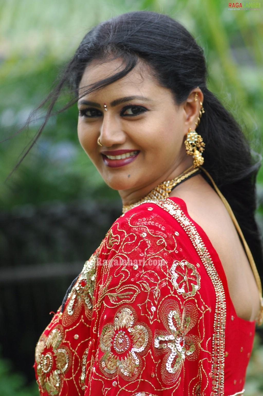 aunty saree aunties raksha tollywood character indian artist mallu actress actresses tamil