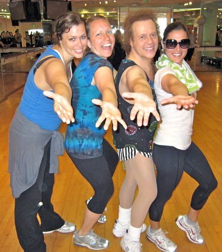 d2358ede73 Megan and friends went to Richard Simmons work out class this morning in  Los Angeles! Woo Woo! Scotty McCreery