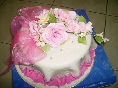 Hestis Kitchen Cake