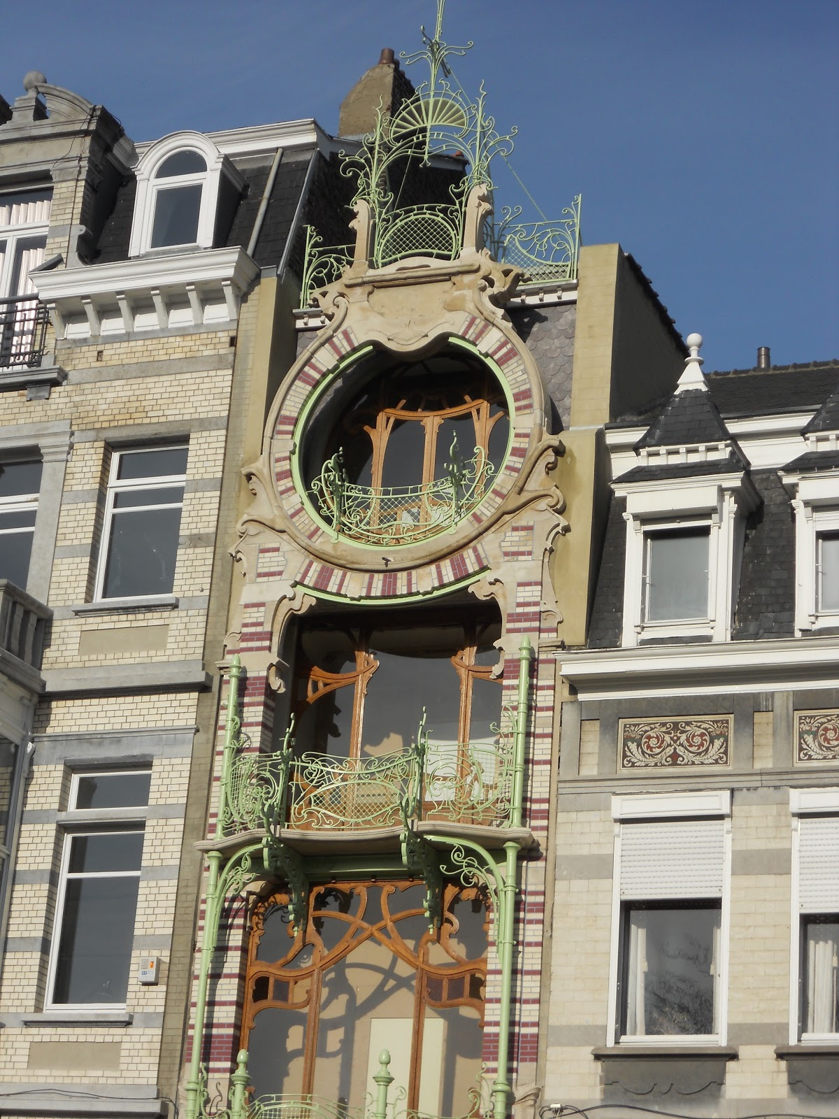 what am i doing here horta and art nouveau in brussels. Black Bedroom Furniture Sets. Home Design Ideas